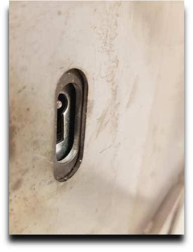 cerradura de puerta antiokupas